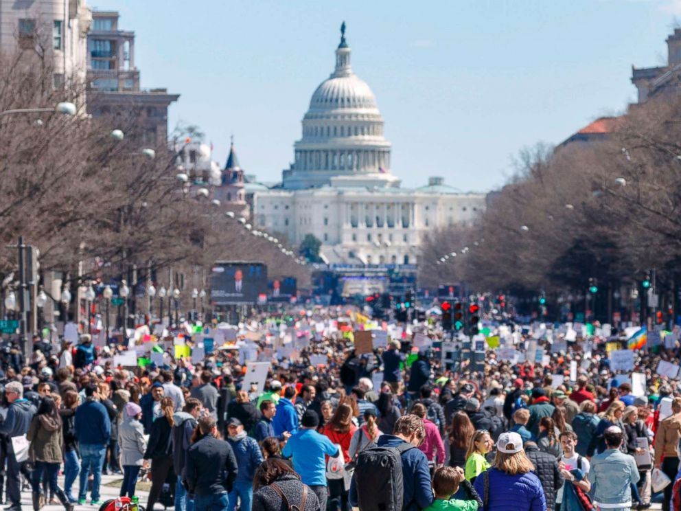 march-for-our-lives-washington-17-gty-er-180324_hpmain_mn_4x3_992
